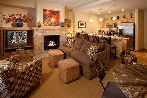 102-Caven-living-room-1-300x200.jpg