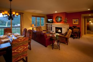107-Caven-living-room-300x200.jpg