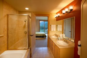 207-Caven-master-bath-300x200.jpg