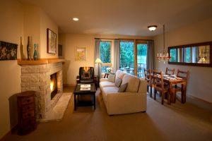 208-Caven-living-room-300x200.jpg
