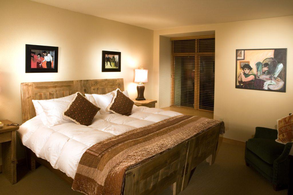 Bedroom-Caven-1024x683.jpg